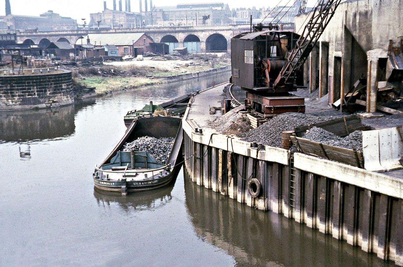 Leeds Liverpool Canal, Leeds c. 1960s (D1-1)