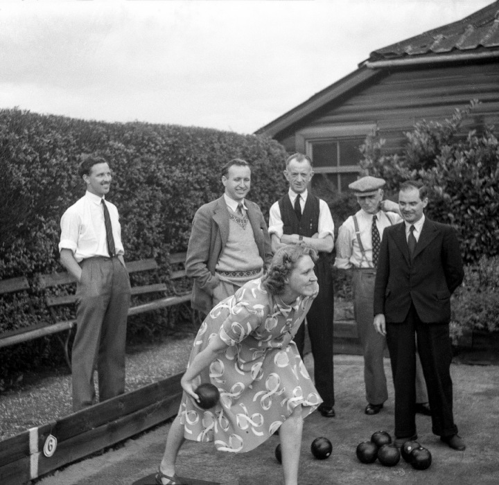 The Bowling Party